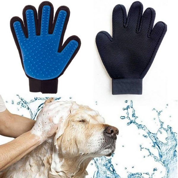 Easy-to-Use Rubber Dog Grooming Gloves
